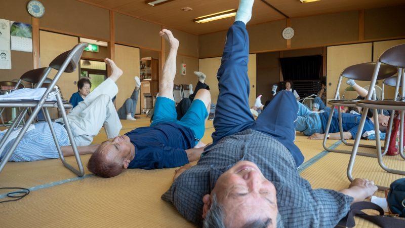 志摩市磯部町の飯浜集落センターで「膝についての講義と運動」を行いました!