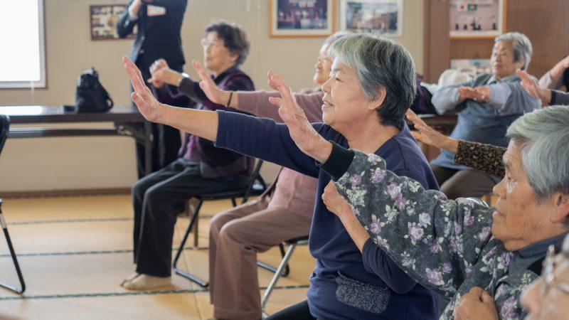 志摩市磯部町の下之郷共同作業所で「腰痛の講義と運動」を行いました!